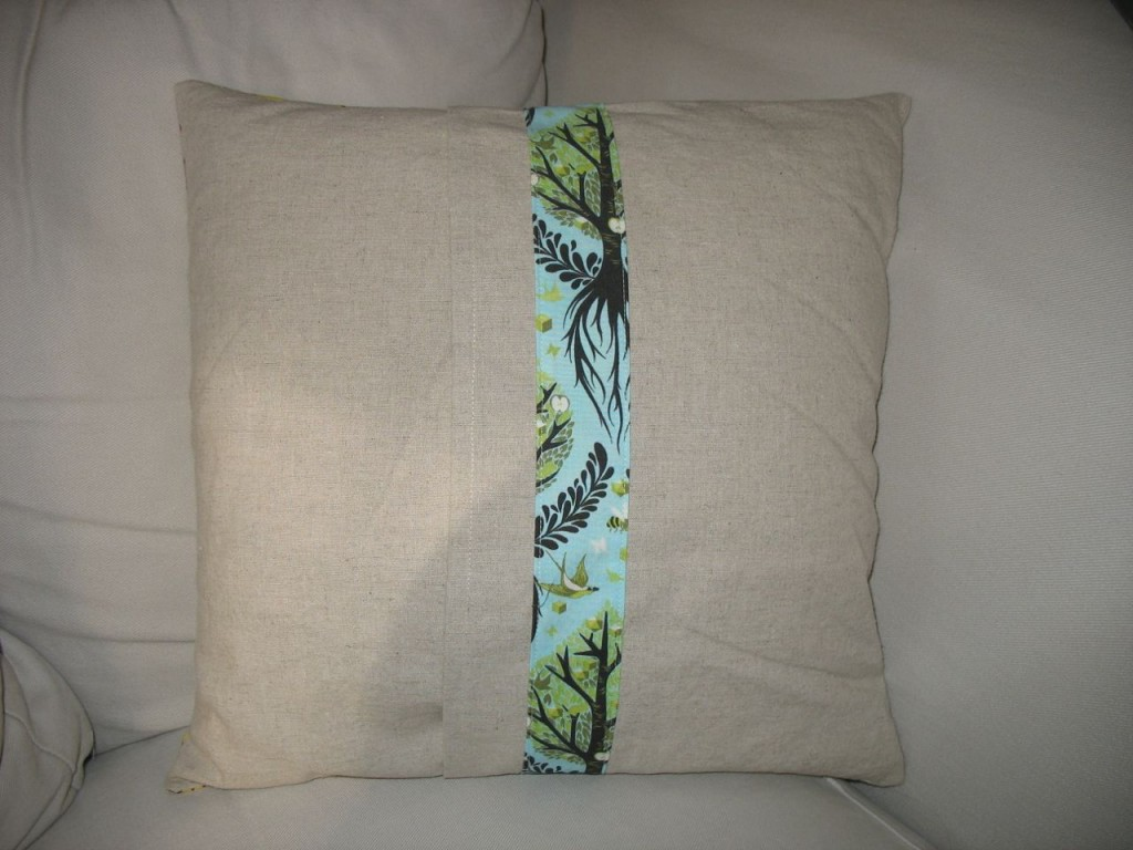 Tula Pillow back by Sylvia Schaefer