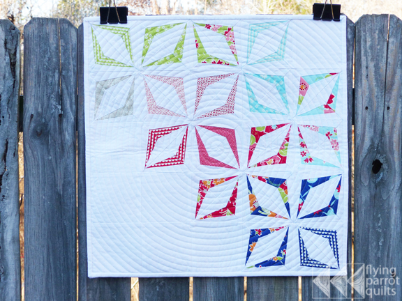 Mini Swap quilt by Sylvia Schaefer | Flying Parrot Quilts