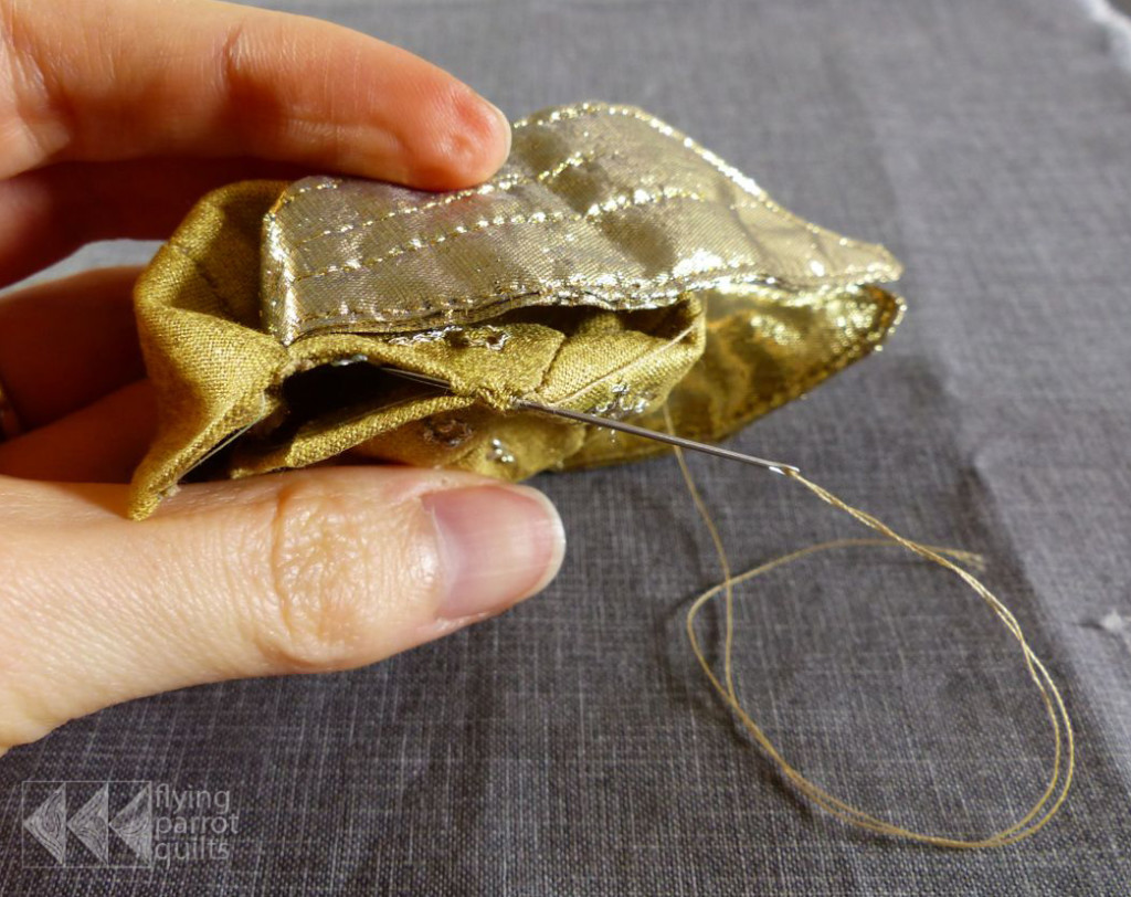 English Paper Pieced Golden Snitch Tutorial | Flying Parrot Quilts