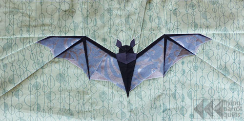 Small Bat | Flying Parrot Quilts