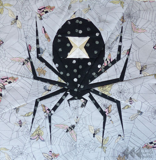 Large Spooky Spider | Flying Parrot Quilts