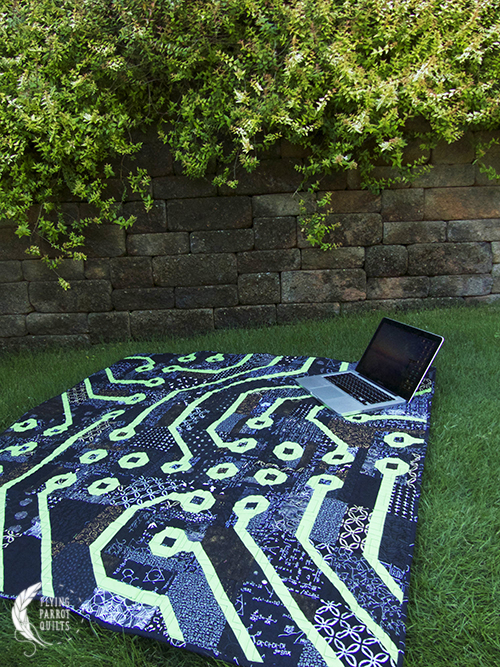 Circuit Board quilt by Sylvia Schaefer/Flying Parrot Quilts | www.flyingparrotquilts.com